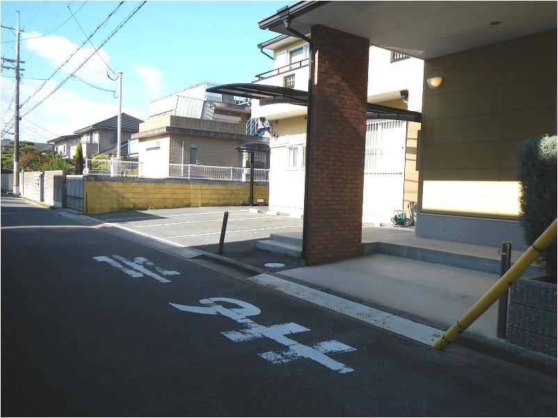 2.南側・駐輪場含む